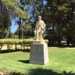 Monumento a Alonso Sanchez de Huelva. Predescubridor del Nuevo Mundo. Foto: Manuel Minero.